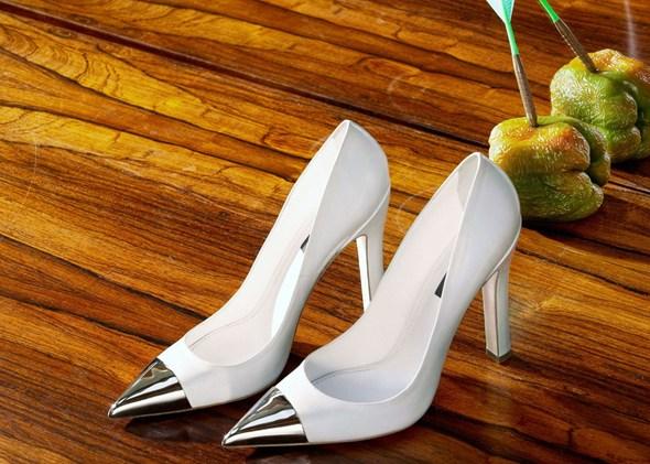 Roe Ethridge, LV Shoes for Double, 2012.
