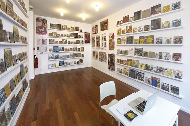 Allen Ruppersberg, El Segundo Record Club at mfc-michèle didier gallery, Paris