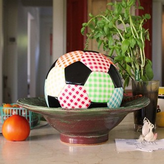 Michelle Grabner, Soccer Ball, 2015