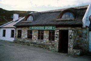 Nan Goldin -The Singing Pub, Tory Island, Ireland 2002 - 2018