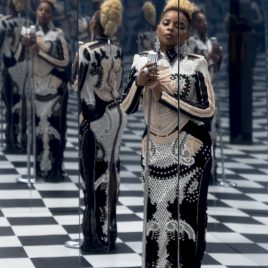 Carrie Mae Weems - MJB (Mary J. Blige) – Reflection