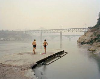 Nadav Kander - Yibin VIII, (Bathers), Sichuan Province - 2007/2021